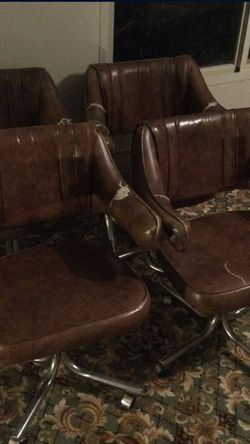 4 Rolling Swivel Chairs for Sale in North Richland Hills,  TX