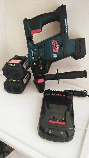 Bosch hammer chiping drill nuevo 36v for Sale in Long Beach, CA