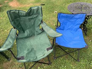 2 lawn foldable chairs for Sale in Oak Forest, IL