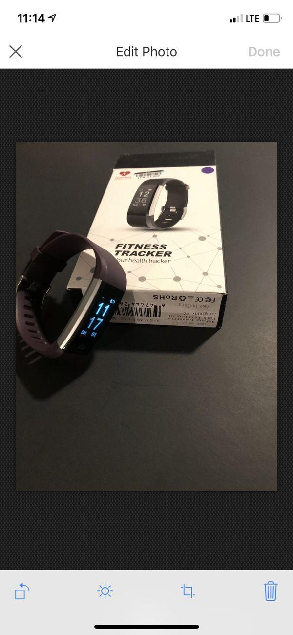 Fitness Tracker Wrist Band (Purple)
