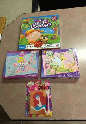 Two vintage puzzles Made by Disney! These two puzzles were made in 2010! Hi Ho cherry-O for Sale in Lampasas, TX