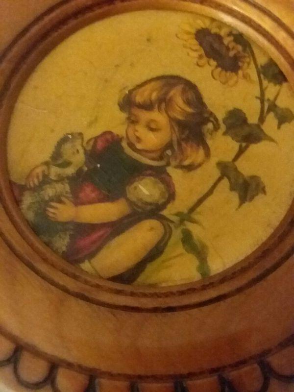HUMMEL Round Wooden Plaque