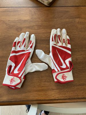 Nike baseball gloves small for Sale in Chesapeake, VA
