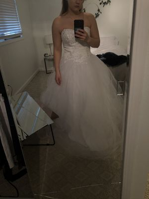 Beautiful dress for wedding or Quinceanera for Sale in Federal Way, WA