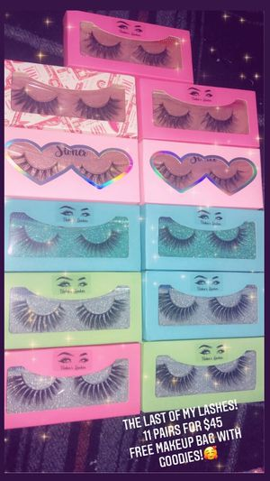 11 Eyelashes for $45 for Sale in Chicago, IL