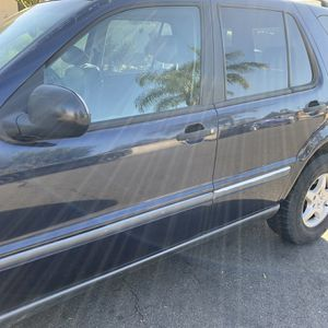 Mercedes 1995 for Sale in Anaheim, CA