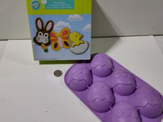 Easter Cookie Cutouts And Egg Mold for Sale in Gresham,  OR