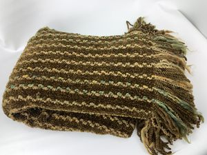 """New throw blanket brown natural 72"""" x 44"""" for Sale in Las Vegas, NV"""
