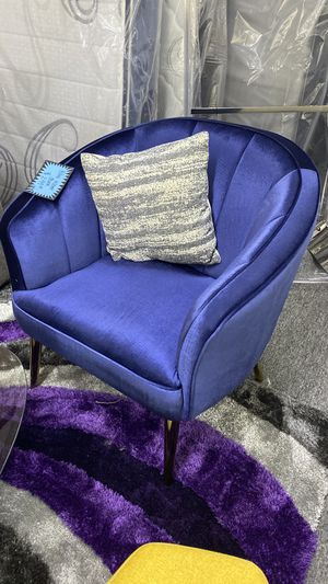 NEW Blue Velvet Accent Chair with Gold Legs Available in other colors TB4 for Sale in Euless, TX
