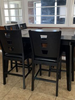 Large High Kitchen Table for Sale in Montebello,  CA
