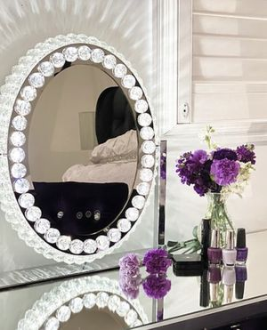 Hollywood Vanity Mirror With Lights - Crystal Makeup Mirror I Vanity Mirror With Lights I Lighted Vanity Makeup Mirror I Oval Make Up Mirror With LED for Sale in Los Angeles, CA