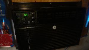window AC unit 8000 btu blows ice cold for Sale in Phoenix, AZ