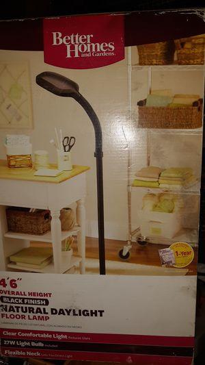 Floor lamp for Sale in Compton, CA
