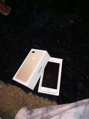 Iphone 7 plus for Sale in Peoria, IL