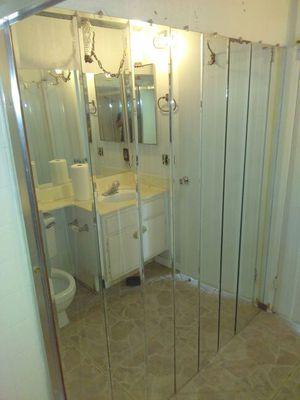 Accesorios para baño for Sale in Fontana, CA