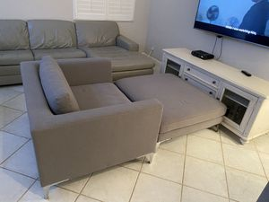 Love Seat With Ottoman for Sale in Deerfield Beach, FL