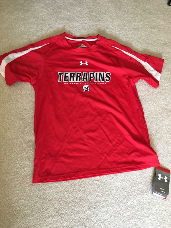 New with tags boys large underarmour heat gear shirt