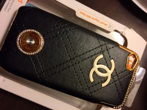 Chanel iPhone charging case for Sale in South San Francisco, CA