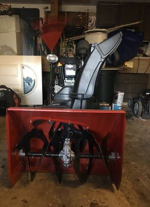 """Snow blower 28"""" for Sale in Rockville, MD"""
