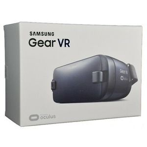 Samsung Gear VR 2 Oculus Virtual Reality Headset 3D USB-C 2016 SM-R323. for Sale in Miami Gardens, FL