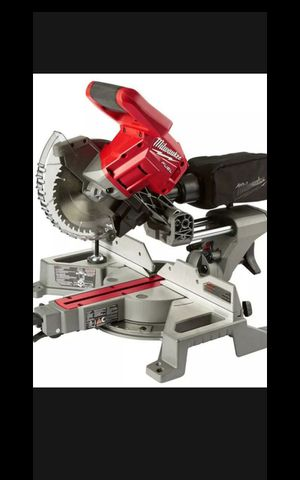 MILWUAKEE M18 FUEL BRUSHLESS 7-1/4 SLIDING MITER SAW TOOL ONLY NEW for Sale in San Bernardino, CA