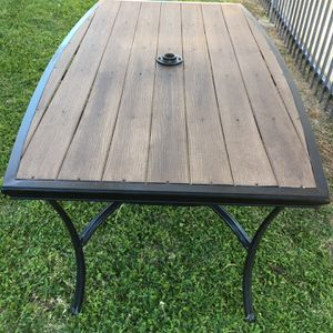 Patio Table, Picnic Table, Outdoor Furniture for Sale in Mesa, AZ