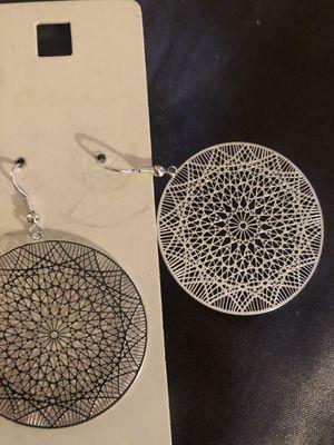 New! Classy fashion earrings $8 great deal ! for Sale in Houston, TX