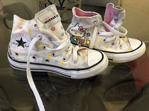 Girls Hello kitty high top Converse Size 11 for Sale in Las Vegas, NV