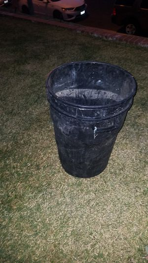 Free trash cans for Sale in Mission Viejo, CA