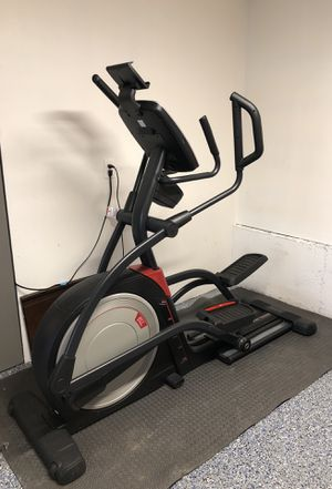 NordicTrack Elliptical Trainer Elite 13.1 for Sale in Maple Valley, WA