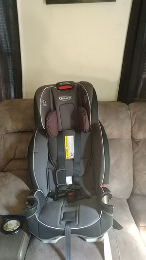 Graco Booster Seat/Car Seat for Sale in Hampton, VA