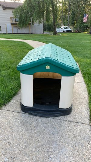 Dog house for Sale in Hammonton, NJ