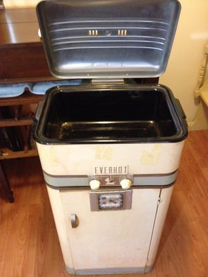 Mini Bar, Retro Roaster for Sale in Clearwater, FL
