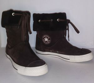 Converse All Star Chuck Taylor Women's Andover Brown Suede Sneaker Boots. Size 8 for Sale in Dundalk, MD
