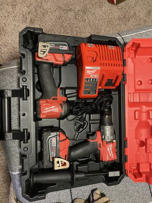 Milwaukee M18 fuel drill set for Sale in Houston, TX