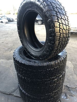 35/12.50R20 Nitto tires all terrain (4 for $300) for Sale in Whittier, CA