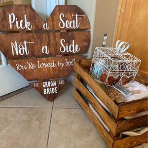 Rustic Wedding for Sale in Apple Valley, CA