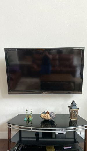 Sharp Aquos 60 inch TV for Sale in Lewisville, TX