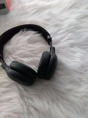 JBL E45BT Signature Sound Bluetooth Wireless On-Ear Foldable Headphones for Sale in Detroit, MI