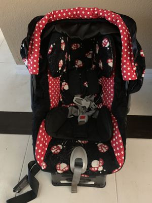 Peg Perego infant car seat with custom cover for Sale in Yorba Linda, CA