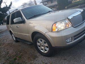 2006 Lincoln Navigator 4x4/ fair mileage/ clean title $7,000 - OBO for Sale in East Wenatchee, WA