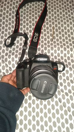 Canon Camera & Lens for Sale in Arvada,  CO