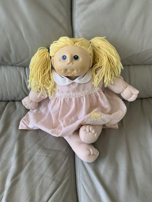 """The original Doll Baby 1984 Fibre-Craft M.N. Thomas Soft doll toy 18"""", clean excellent condition COLLECTABLE for Sale in Niles, IL"""