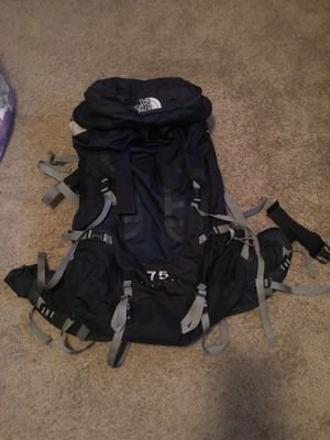 North face pivotal 75 hiking backpack for Sale in Fresno, CA