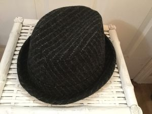 New with tags New York Hat Co Dark Grey with Lt Grey Pinstripes Wool Fedora Made in USA Large for Sale in Lakebay, WA