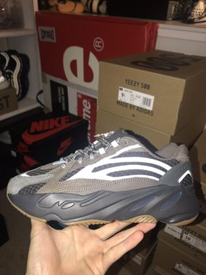Adidas Yeezy 700 Geode for Sale in Centreville, VA