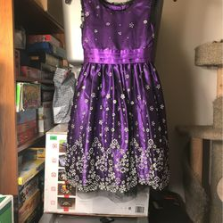 Little girls dress for Sale in Lynnwood,  WA