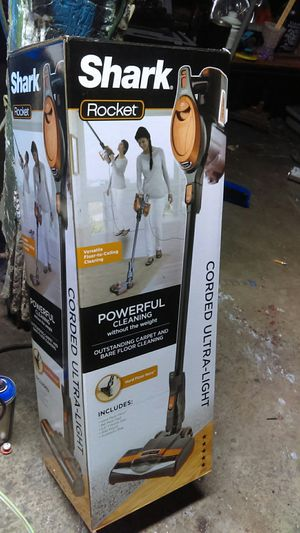Shark Rocket corded ultra light powerful cleaning for Sale in Moreno Valley, CA