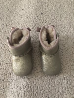 Baby ugg boots US size 2/3 for Sale in San Diego, CA