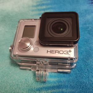 GoPro Hero 3 Plus(suction cup & bike attachments) for Sale in Chicago, IL